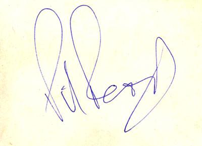 http://www.carlosghys.be/photographs/autographs/photo_autograph_read_2_400x290.jpg